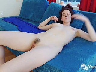 Yanks Minx Savannah Sly Masturbating