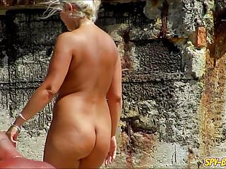 Amateur Nudist Beach MILFs Close Up Shaved Pussy