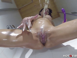 Shower Cam Squirt