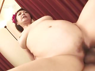 Ayano Murasaki Squirts Before Creampie (Uncensored JAV)