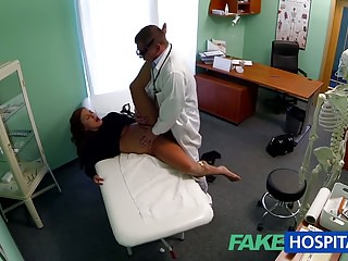 FakeHospital Teen model cums for tattoo removal doctor enjoy