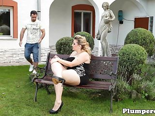 Real plumper dominates guy outdoors