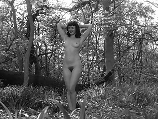 Gretchen Mol - The Notorious Betty Page