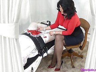 Mistress Handjob For Sissy