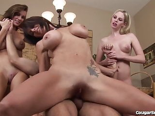 3 Horny Cougars Pounce On a Lucky Guy