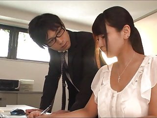 Working Shaved Big Breasts Girl Yu Shinohara 2