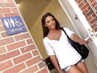 Ebony Leilani Leeane Sucks White Gloryhole Cock