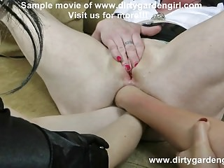 WOMEN TRIPLE ANAL FISTING (3 fists in one ass)!!! + prolapse