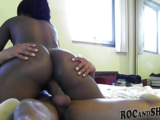 HORNY BLACK COUPLE FUCK