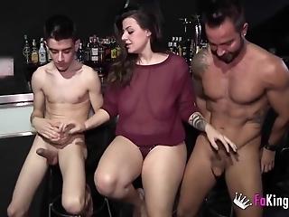 A lesbian, a Gay and Jordi Enp!!