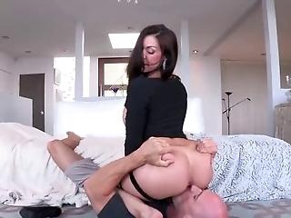 Sexy Ass Milf Gets Good Dick!