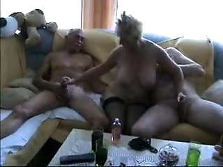 Amateur - Homemade Bisex Oral Matures  MMF Threesome
