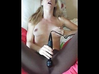 sexy milf squirting in her pants