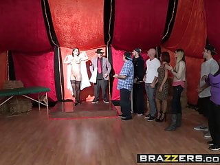 Brazzers - Shes Gonna Squirt - Nora Noir Veronica Avluv and