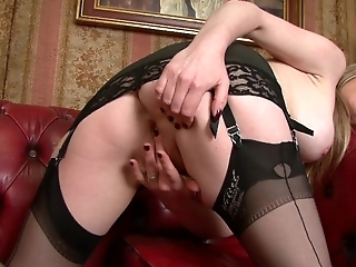 Holly Kiss - Black nylon stocking elegance!