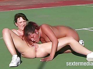 Lesben auf dem Tennisplatz