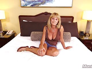 Huge Boobs Amateur Gilf enjoys Hard Anal POV