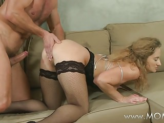 MOM MILFs that love it from behind