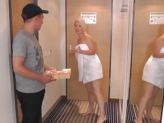 MILF fucks delivery boy
