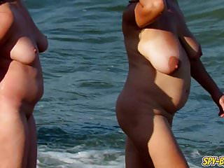 Amateur Nude Beach MILFs - Voyeur Hot Big Tits Mature Video