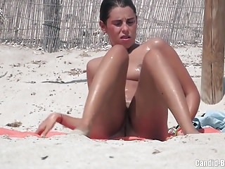 Voyeur Beach Nudist Super Milfs