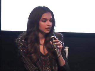 Deepika Padukone Hot With Vin Diesel In XXX