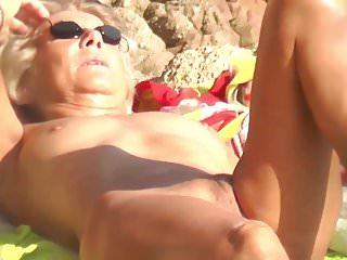 Granny nudist suntanning pussy exhib outdoor