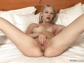 Hot Blonde Masturbates to Real Screaming Orgasm