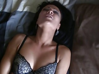 Vom Postboten anal zum Orgasmus gebracht