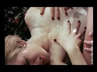 oo111GROUPb 8989 hairy retro group orgy.wmv