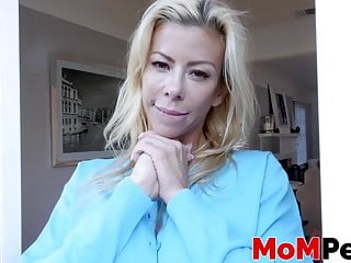 Cute stepmom Alexis Fawx gives hung dude full cock treatment