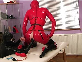 How to prepare and make a horny rubber fisting