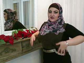 Horny Hijab