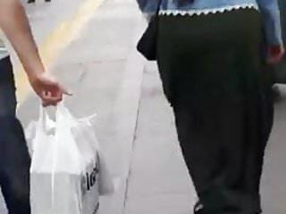 Hijab Turkish Kopftuch Ass Walk 2