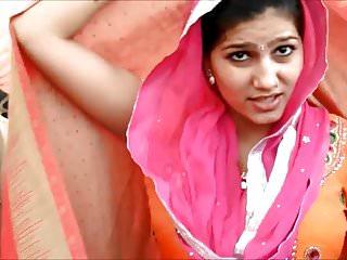 Bhabhi on Street - NON NUDE