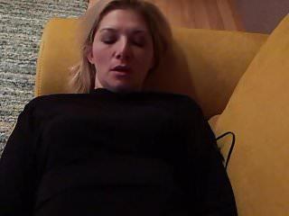 Celebrity sex-tape leaked singer Kiara Laetitia phone hack