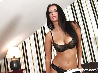 Busty Italian amateur Francesca masturbate her shaved pussy