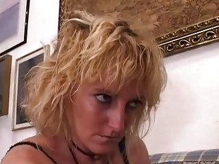 lesbico fist italiano 2