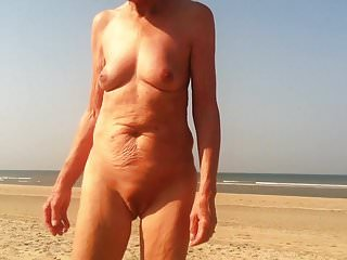 mature beachlover deedraa granny oma sex