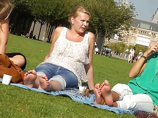 Candid 3 blondes soles and feet in amsterdam