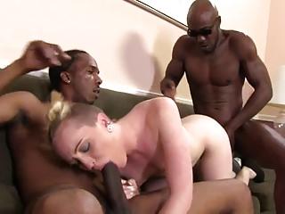 miley cyrus twerking two black dicks