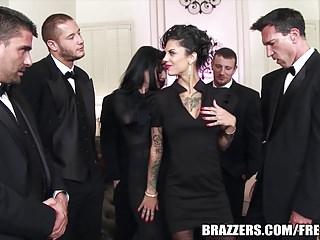 Brazzers - Veronica & Bonnie - The Secret of the Six Man Gan