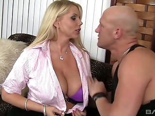 Mature bombshell Karen Fisher boned hard doggystyle