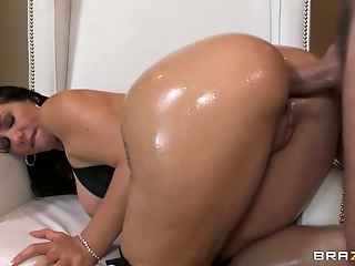 Milf with perfect oiled up butt Madison Rose is fucked after blowjob session