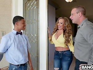 Curly horny MILF Richelle Ryan lures black stud to suck his delicious BBC