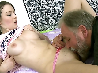 Delightful brunette gets her juicy cooter nailed by a grandpa