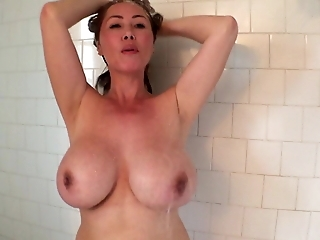 cum have a shower with me at home